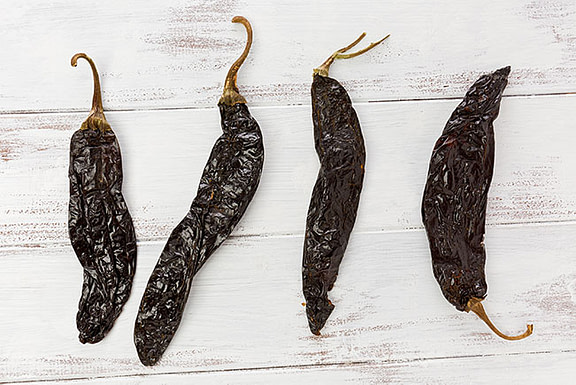 Learn About Pasilla Chiles